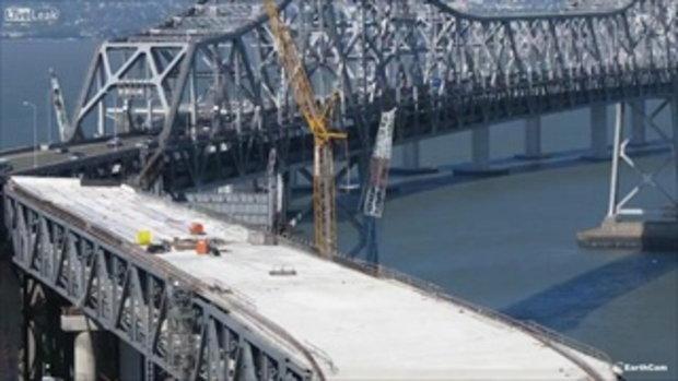 อลังการ! คลิปสร้างสะพาน Bay Bridge กว่า 42,000 ชม.จบใน 4 นาที