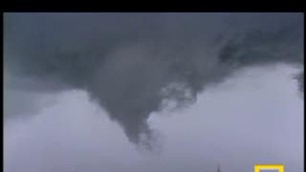 พายุ ทอร์นาโด ทำลายล้าง