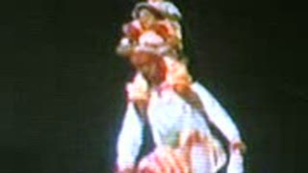 การเชิดสิงโตคณะศิย์เจ้าแม่ทับทิม