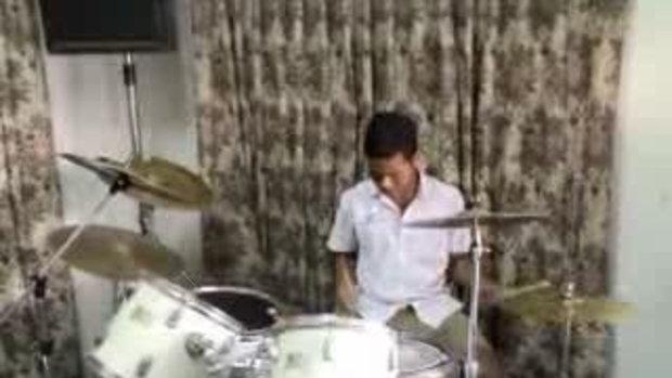 ยาพิษ - นมเย็น(Nom Yen Band)