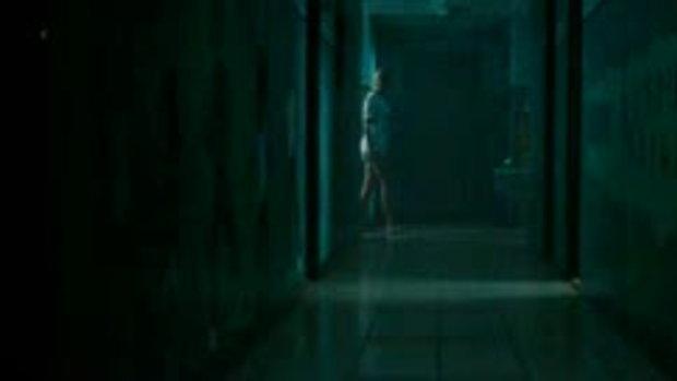 คลิปจากหนังA Nightmare on Elm Street นิ้วเขมือบ (1