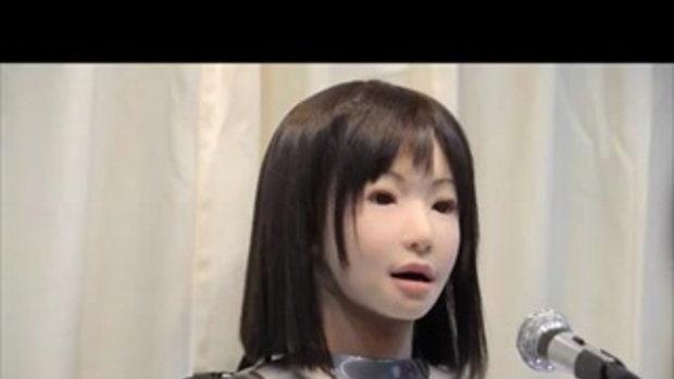 หุ่นยนต์หญิงร้องเพลง!!