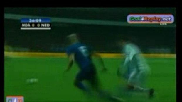 มอลโดว่า 0-1 ฮอลแลนด์