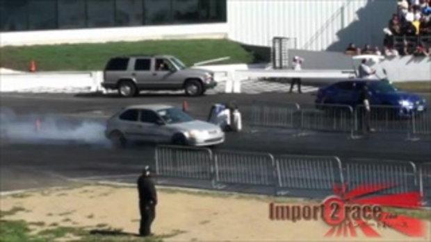 เมื่อ Lexus ISF เจอกับ Honda Civic
