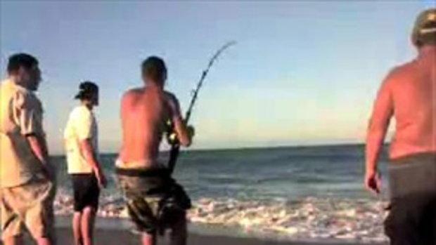 ตกปลาฉลามหัวค้อน ที่ชายหาด