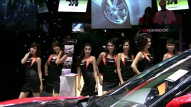 มอเตอร์โชว์ 2011 -  Sexy Hankook tire girls