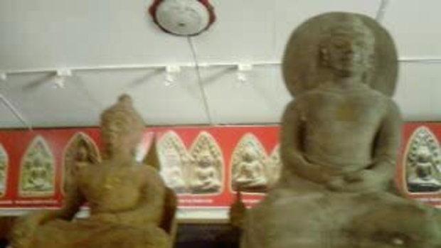 เทื่ยวชมพิพิธภัณฑ์พระขุนแผน ภายในวัดป่าเลไลย์  สุพ