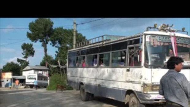 เจโอ๋เวสป้าผจญภัย-รถบัสเนปาล