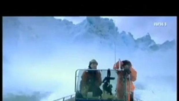 รอดแบบเฉียดฉิว หนีตายจากภูเขาน้ำแข็งถล่ม