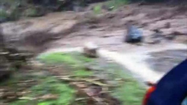นาทีระทึก น้ำป่าไหลหลากน้ำท่วมฉับพลัน ที่นิวซีแลนด์