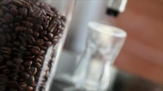 เครื่องชงกาแฟไฮเทค อยากกินแบบไหนสั่งได้