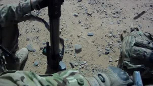ชุดเล็ก ! ทหารอังกฤษยิงปืนครกหลังโดนตาลีบันซุ่มโจมตี