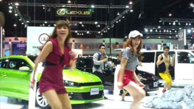 motor expo2012 -  pretty dance volkswagen