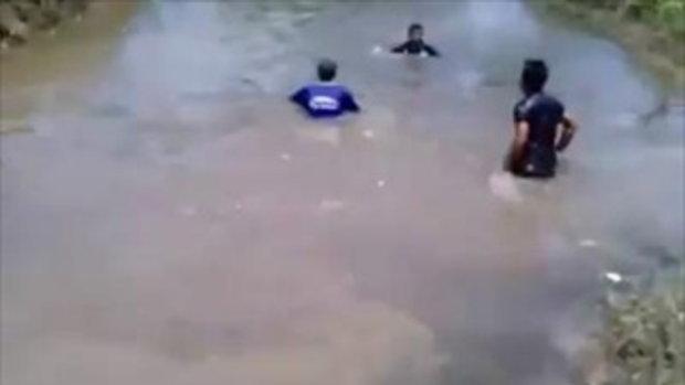 นาทีชีวิตช่วยเด็กจมน้ำ