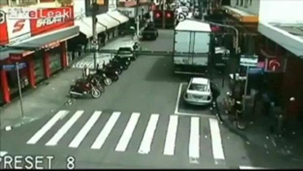 กะระเบิดให้ตาย! ชายบราซิลทำระเบิดยัดใส่รถแฟนเก่า