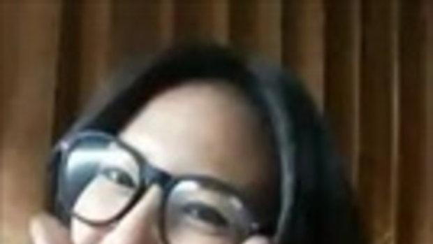 Gwiyomi สาวแว่นน่ารัก