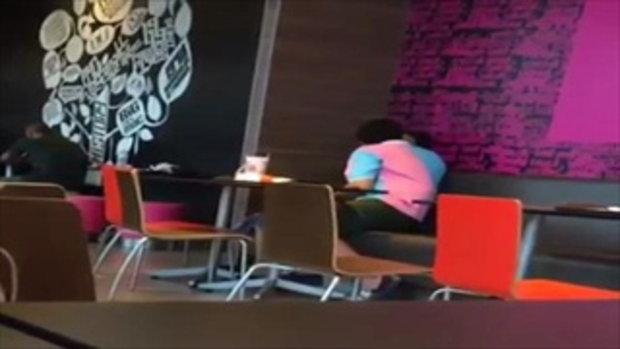 ชาวเน็ตวิจารณ์ คลิปคู่รักนักเรียน พลอดรักดูดดื่มกลางร้านอาหาร