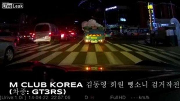 คลิปนาที ไล่ล่ารถฝ่า ด่านตรวจ ที่เกาหลี
