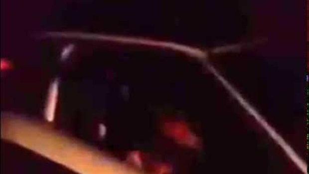 คลิปพระขับรถมากับสีกาตอนดึก ตำ