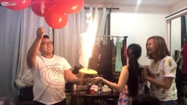 คลิปนี้ให้ชื่อว่า ปาร์ตี้วันเกิด ระเบิดเถิดเทิง!!