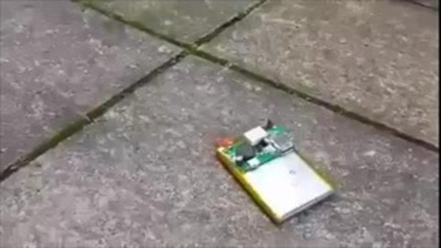 คลิปแฉอันตราย แบตสมาร์ทโฟน เสี่ยงไฟลุกพรึ่บ-ระเบิดรุนแรง!!