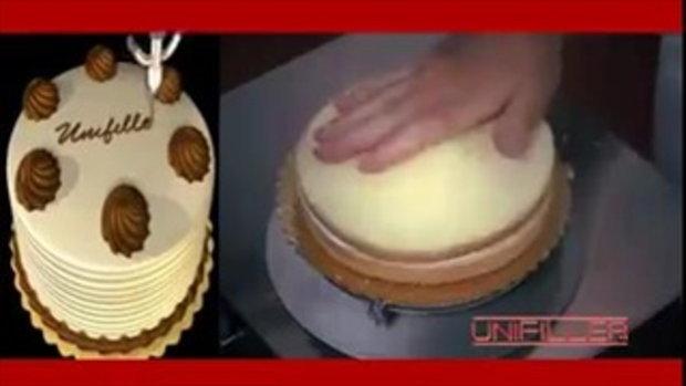 เพลินๆ กับการทำเค้กในอุตสาหกรรมขนาดใหญ่