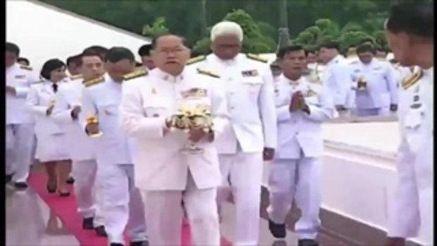 พุทธศาสนิกชนทั่วไทยร่วมทำบุญในวันอาสาฬหบูชา - เข้าพรรษา (31 ก.ค.58)