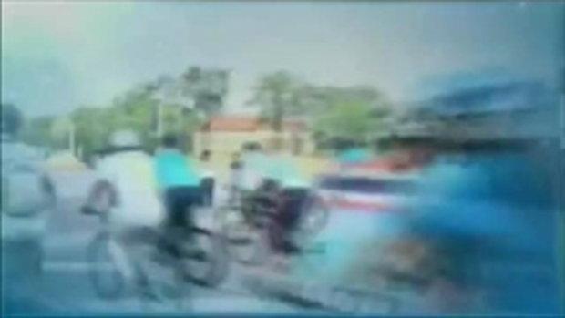 สมเด็จพระบรมโอรสาธิราชฯ ทรงจักรยาน ในกิจกรรม BIKE FOR MOM 'ปั่นเพื่อแม่' (17 ส.ค.58)