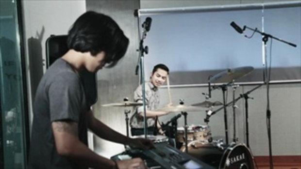 เพลง เด็กสร้างบ้าน (เพลงประกอบละคร เคหาสน์ดาว) - เบนซ์ Sunny Parade