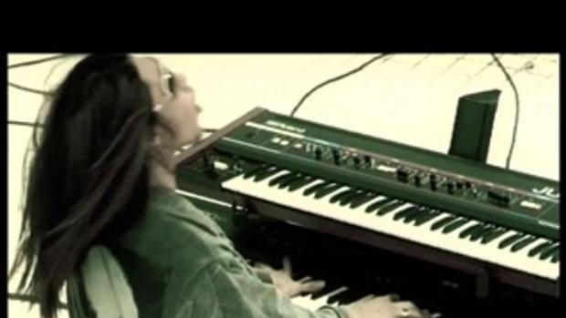 เพลง เพี้ยน - Instinct