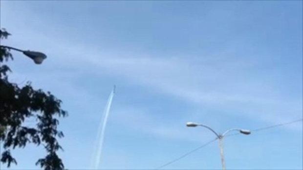 Did You Know... คุณรู้หรือไม่ ทางสีขาวบนท้องฟ้าหลังเครื่องบินบินไปคืออะไร