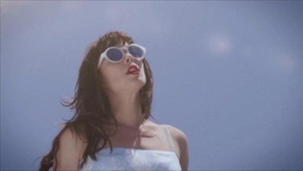 เพลง Blue Skies - Lenka