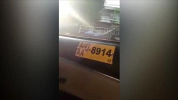 ใครผิดใครถูก! แท็กซี่ ปะทะคารม ผู้โดยสาร เหตุเปิดตัวอย่างหนังเสียงดังภายในรถ