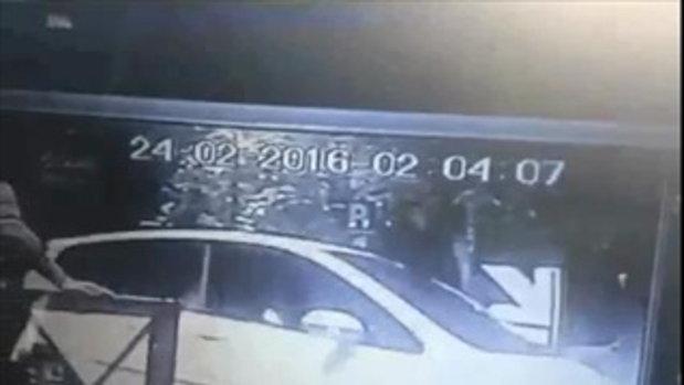 วงจรปิดชี้ บันนี่เฟียร์ ขับรถออกจากร้านอาหาร ก่อนเกิดอุบัติเหตุบนทางด่วน 2/2