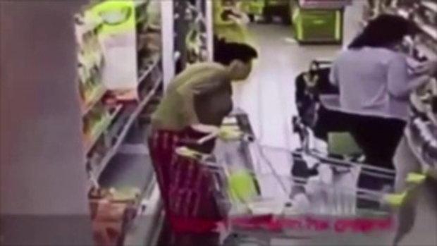 มนุษย์ป้า!! ปลดทุกข์ใส่ตู้แช่ในซูเปอร์มาร์เก็ต