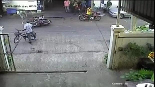 ขับขี่รถในซอยระวังชนกัน !!! ...(เป็นข่าว)