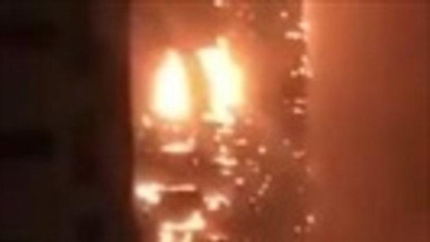 ระทึก ! เกิดเหตุไฟไหม้ตึกสูงที่อัจมาน ประเทศสหรัฐอาหรับเอมิเรตส์