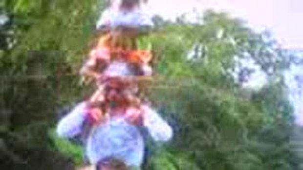 การเชิดสิงโตคณะศิษย์เจ้าแม่ทับทิม