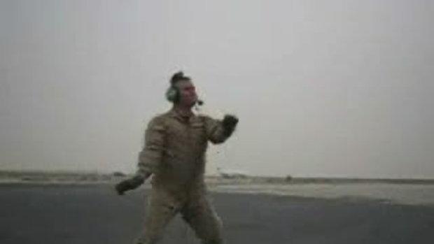 ทหารอากาศนักเต้น