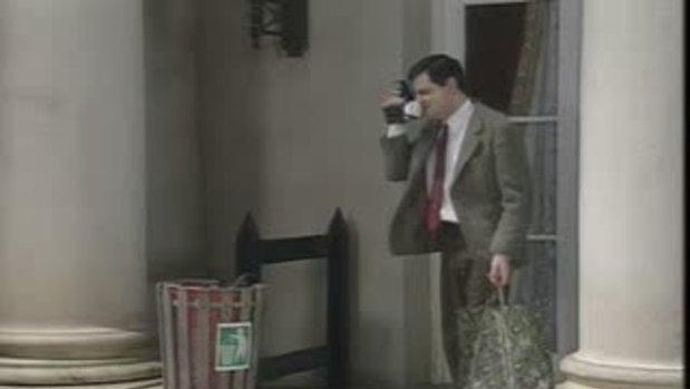 Mr.Bean - แกล้งทหาร