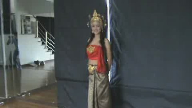 thailand talent : น้องกระต่ายโชว์รำไทย