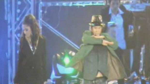 ไอซ์ - พิงกี้ ประชันเต้น