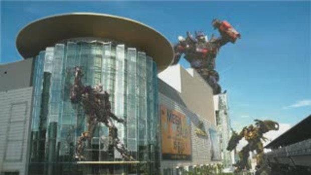 Transformers โจมตี siamparagon ใจกลางเมือง