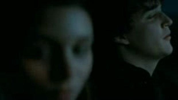 คลิปจากหนังA Nightmare on Elm Street นิ้วเขมือบ (2
