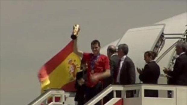 แชมป์โลกสเปนกลับถึงบ้าน