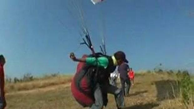 thaiparaglider โรงเรียนฝึกสอนกีฬาการบินเครื่องร่อ