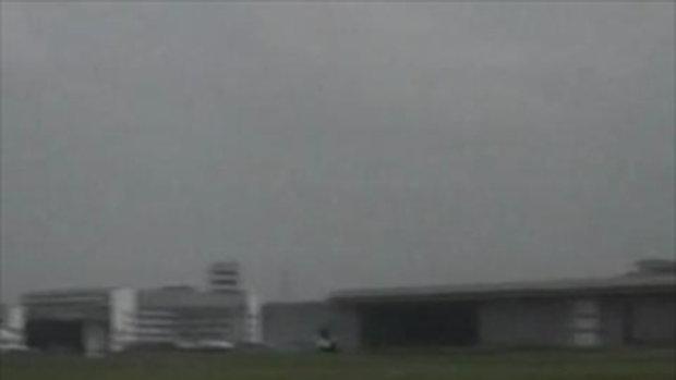 อุบัติเหตุเครื่องบินโชว์ตกในอินโดนิเซีย!!