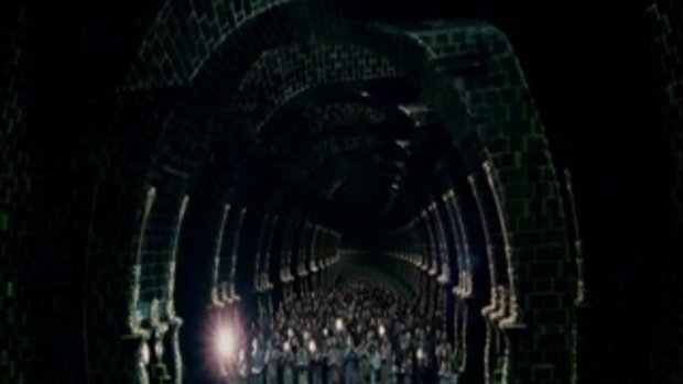 HARRY POTTER AND THE DEATHLY HALLOWS - PART 1 Trai