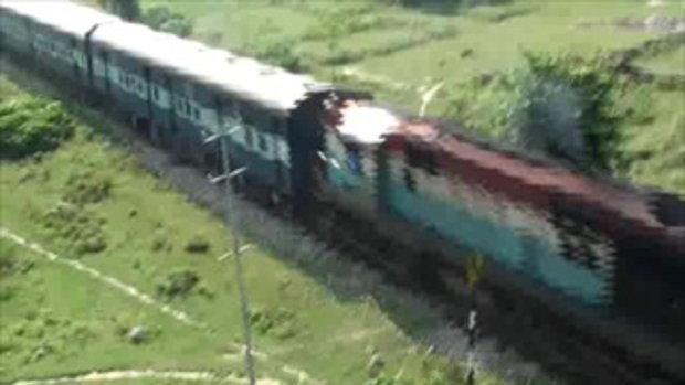 เจโอ๋เวสป้าผจญภัย-รถไฟอินเดีย