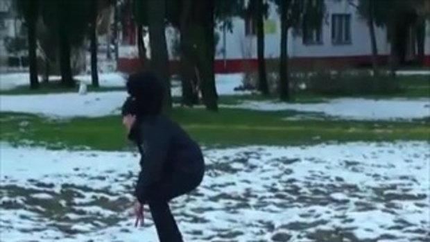 ก็มันหนาว น้องหมา ไม่กล้าเดิน
